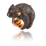 CHOPARD | DIAMOND RING, 'OURS BRUN' FROM THE ANIMAL WORLD COLLECTION