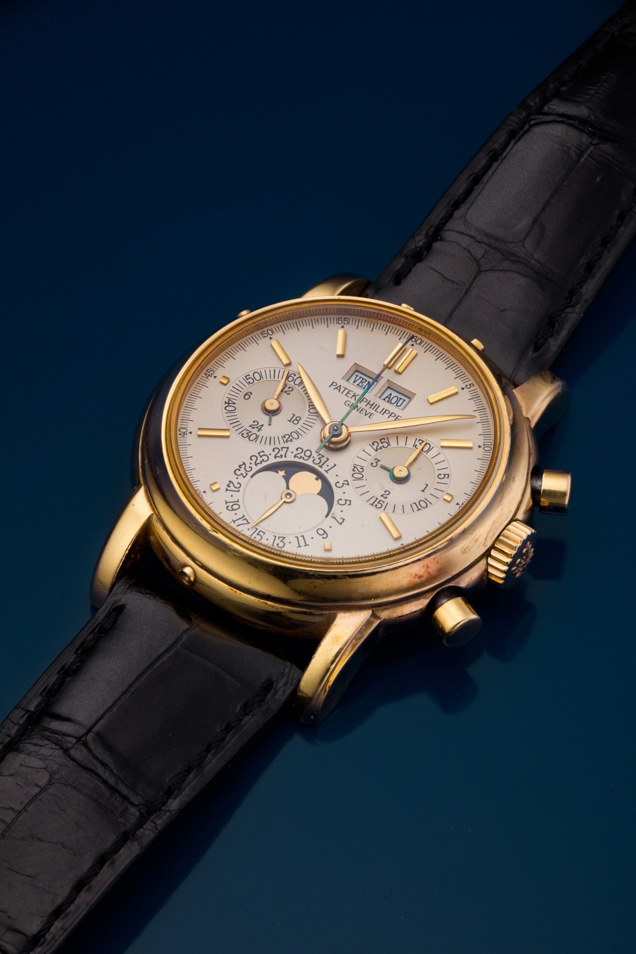 View full screen - View 1 of Lot 31. REFERENCE 3970/E 'SECOND SERIES' A YELLOW GOLD PERPETUAL CALENDAR CHRONOGRAPH WRISTWATCH WITH MOON PHASES, 24 HOURS AND LEAP YEAR INDICATION, MADE IN 1987.