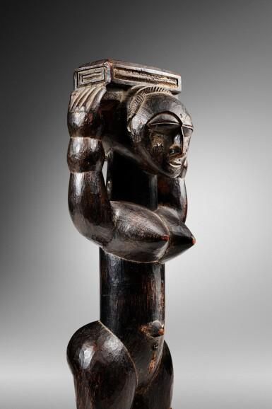 View 3. Thumbnail of Lot 100. Statue, Gwa / Attié, Côte d'Ivoire   Gwa / Attie figure, Côte d'Ivoire.