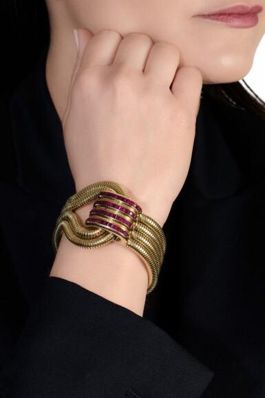 View 4. Thumbnail of Lot 616. René Boivin | Gold and ruby bracelet, 1940s | René Boivin | 黃金配紅寶石手鏈,1940年代.