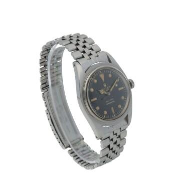 View 3. Thumbnail of Lot 35. 'James Bond Small Crown' Submariner, Ref. 6536/1 Stainless steel wristwatch with bracelet Circa 1955   勞力士6536/1型號「'James Bond Small Crown' Submariner」精鋼鍊帶腕錶,年份約1955.