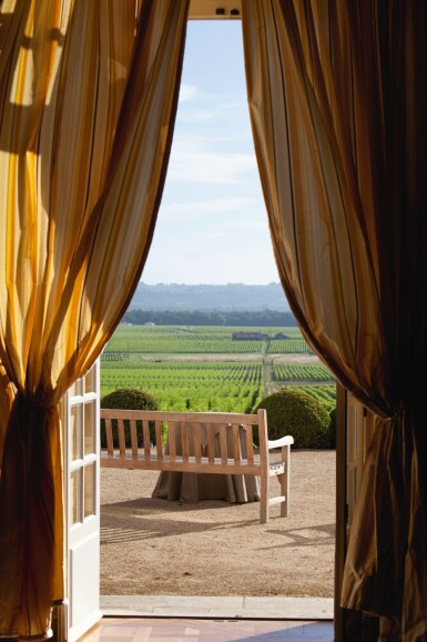 View 4. Thumbnail of Lot 42. YQUEM, AN EXPERIENCE TO REMEMBER: 1 X 3 LITRE YQUEM 2009 WITH TASTING & LUNCH AT THE CHÂTEAU .