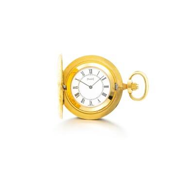 PIAGET | A YELLOW GOLD HUNTING CASE KEYLESS WATCH, CIRCA 1970