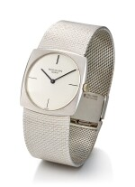 PATEK PHILIPPE   REFERENCE 3523/1, A WHITE GOLD BRACELET WATCH, MADE IN 1968