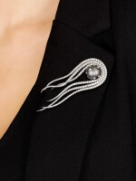 MR. LIEOU | 'MEDUSA' DIAMOND AND PEARL PENDANT / BROOCH | Mr. Lieou | 'Medusa'  鑽石 配 珍珠 吊墜 / 別針