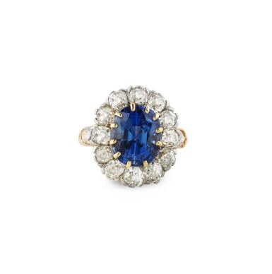 View 1. Thumbnail of Lot 7. BAGUE SAPHIR ET DIAMANTS  | SAPPHIRE AND DIAMOND RING .