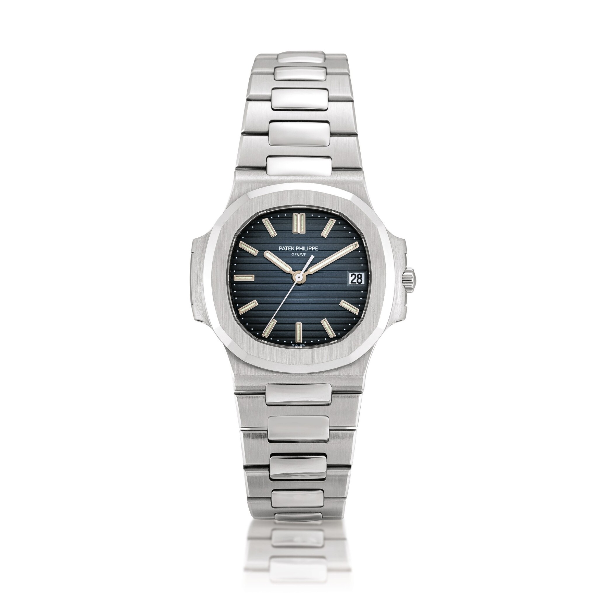 View full screen - View 1 of Lot 2086. Patek Philippe | Nautilus, Reference 5800, A stainless steel bracelet watch with date, Circa 2008 | 百達翡麗 | Nautilus 型號5800 精鋼鏈帶腕錶,備日期顯示,約2008年製.
