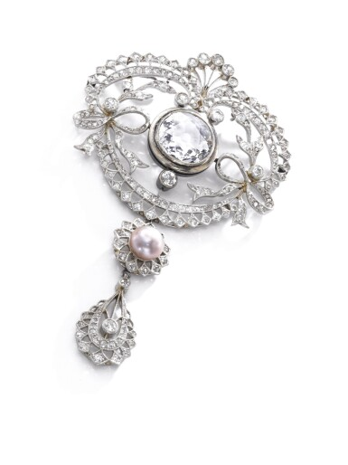 View 4. Thumbnail of Lot 678. Faint Pink diamond and natural pearl pendant/necklace combination, circa 1900 | 淡粉紅色鑽石配天然珍珠吊墜/系列組合,約1900年.