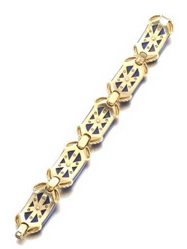 View 3. Thumbnail of Lot 623. Cartier | Gold and lapis lazuli bracelet, 1970s | 卡地亞 | 黃金鑲青金石手鏈,1970年代.