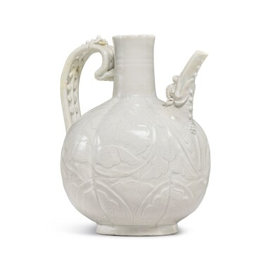 View 5. Thumbnail of Lot 185. A finely carved and molded 'Ding' ewer, Northern Song dynasty | 北宋 定窰白釉牡丹紋執壺.