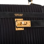 Hermès Vintage Black Mini Sellier Kelly 20cm of Pleated Satin and Doblis Suede with Gold Hardware