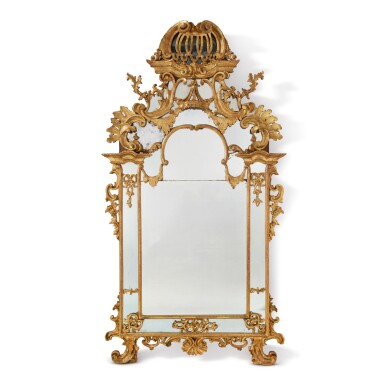 A NORTH ITALIAN EARLY ROCOCO CARVED GILTWOOD WALL MIRROR, PROBABLY TURIN, SECOND QUARTER 18TH CENTURY