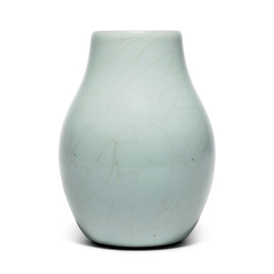 View 2. Thumbnail of Lot 56. A superb and rare Guan-type ovoid vase, Seal mark and period of Qianlong | 清乾隆 仿官釉闊口瓶 《大清乾隆年製》款.