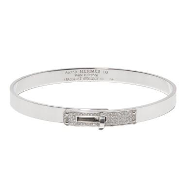 Hermès 18-Karat White Gold Diamond Encrusted Kelly Bracelet Size Large