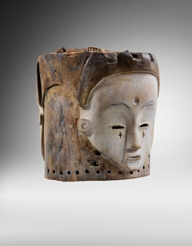 View 2. Thumbnail of Lot 43. Masque heaume Janus, Fang, Gabon | Helmet Janus mask, Fang, Gabon.