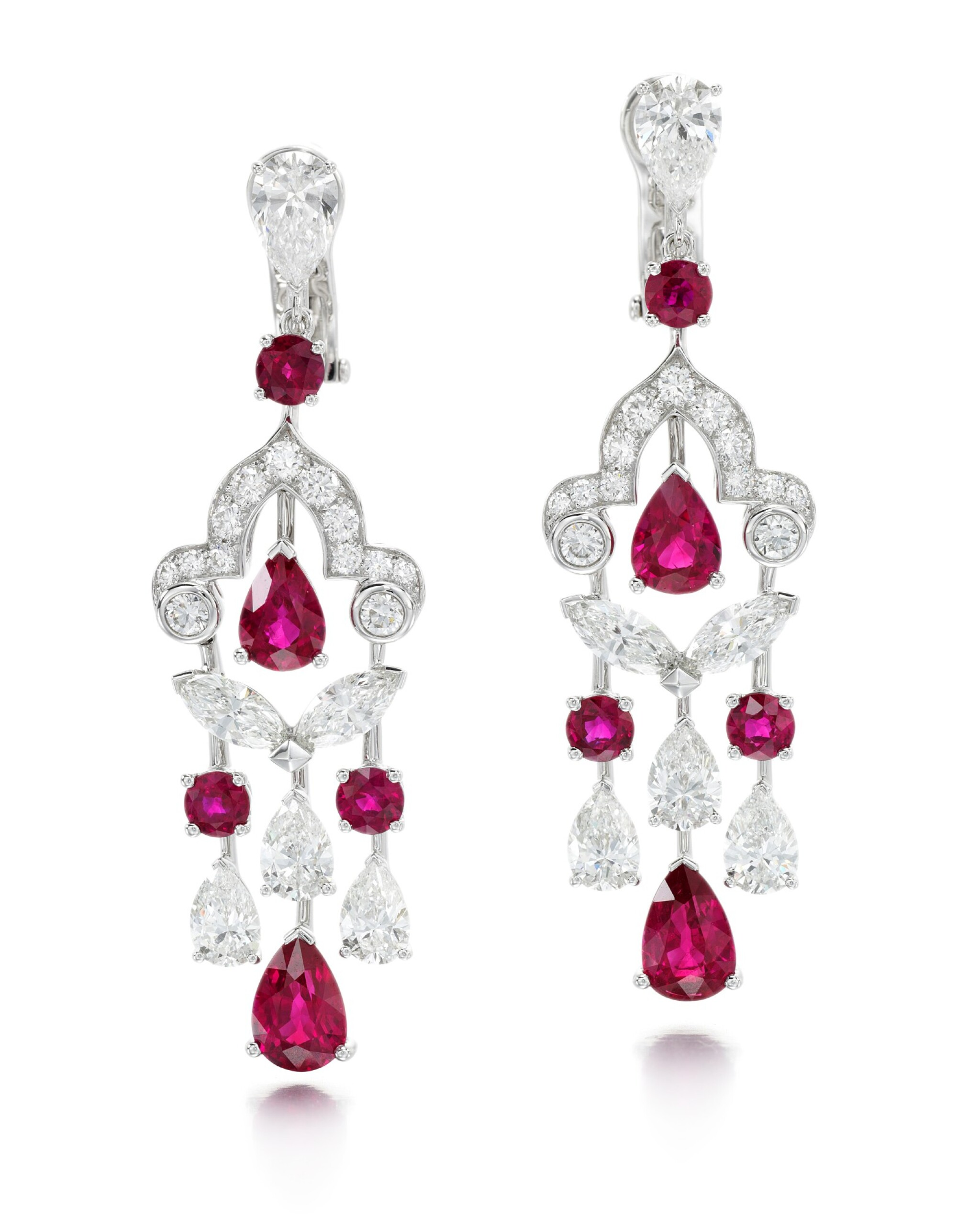 View full screen - View 1 of Lot 202.  GRAFF | PAIR OF RUBY AND DIAMOND EARRINGS.