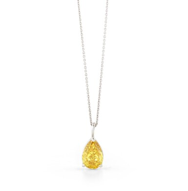 View 2. Thumbnail of Lot 124. COLLIER DIAMANT FANCY DEEP ORANGY YELLOW |  FANCY DEEP ORANGY YELLOW DIAMOND NECKLACE.