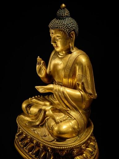 View 8. Thumbnail of Lot 60. A large gilt-bronze figure of Dipankara Buddha, Qing dynasty, Kangxi period | 清康熙 銅鎏金燃燈佛坐像.