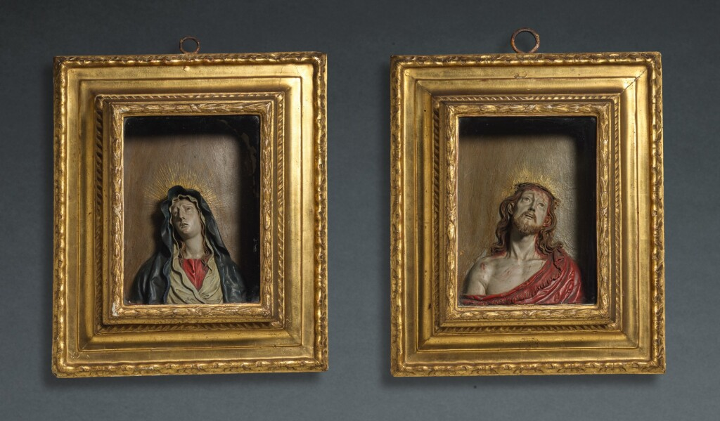 CIRCLE OF JOSÉ RISUEÑO (1665-1732) | PAIR OF RELIEFS WITH BUSTS OF CHRIST AND THE VIRGIN