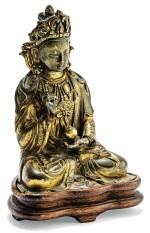 STATUETTE DE BODDHISATTVA EN BRONZE DORÉ DYNASTIE QING, XVIIIE-XIXE SIÈCLE | 清十八至十九世紀 鎏金銅菩薩坐像 | A small gilt-bronze figure of Boddhisattva, Qing Dynasty, 18th-19th century