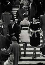 WILLIAM KLEIN | 'NINA AND SIMONE', PIAZZA DI SPAGNA, ROME, 1960