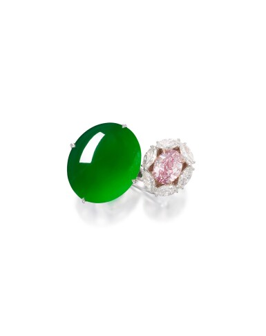 View 2. Thumbnail of Lot 1745. DESIGNED BY NICHOLAS LIEOU | A UNIQUE AND RARE JADEITE, FANCY VIVID PURPLISH PINK DIAMOND AND DIAMOND RING | 劉孝鵬設計 | 獨一無二 天然「帝王綠」翡翠 及 2.08卡拉 艷彩紫粉紅色鑽石 配 鑽石 戒指.