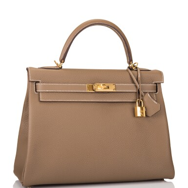 View 2. Thumbnail of Lot 70. HERMÈS | ETOUPE RETOURNE KELLY 32CM OF TAURILLON CLEMENCE LEATHER WITH GOLD HARDWARE.