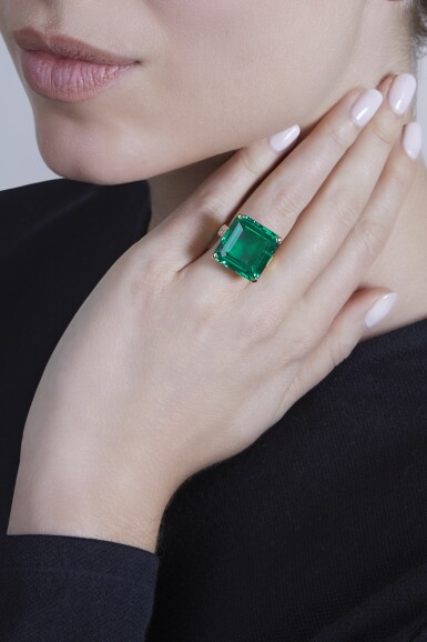 View 3. Thumbnail of Lot 105. Cartier [卡地亞] | A Superb Emerald and Diamond Ring [祖母綠配鑽石戒指].