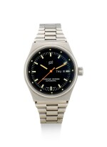 PORSCHE DESIGN | A STAINLESS STEEL WRISTWATCH WITH DAY, DATE AND BRACELET, CIRCA 1990