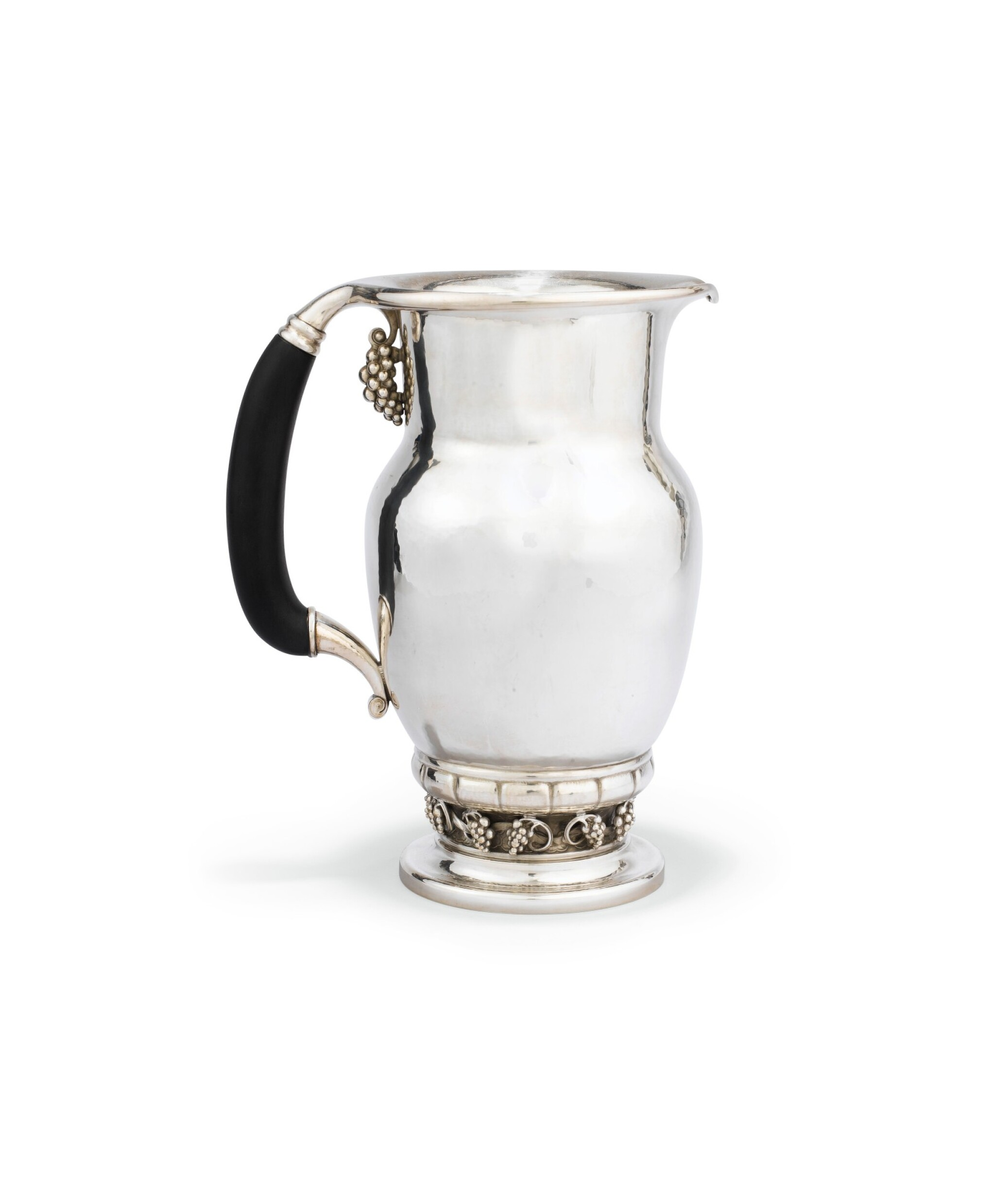 View 1 of Lot 40. A DANISH SILVER WATER-JUG, JENSEN, COPENHAGEN, AFTER 1945 | POT À EAU EN ARGENT PAR JENSEN, COPENHAGUE, APRÈS 1945 .