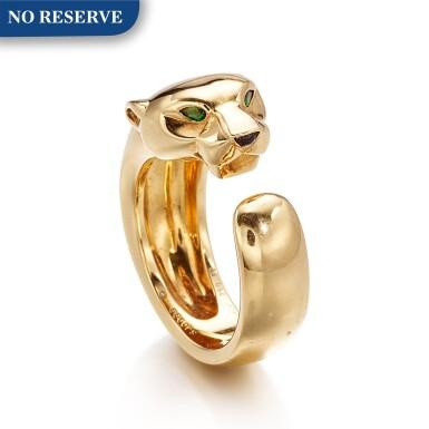 CARTIER   'PANTHÈRE' 18K GOLD, TSAVORITE GARNET AND ONYX RING  卡地亞   'Panthère' K黃金 配 沙弗來石 及 縞瑪瑙 戒指