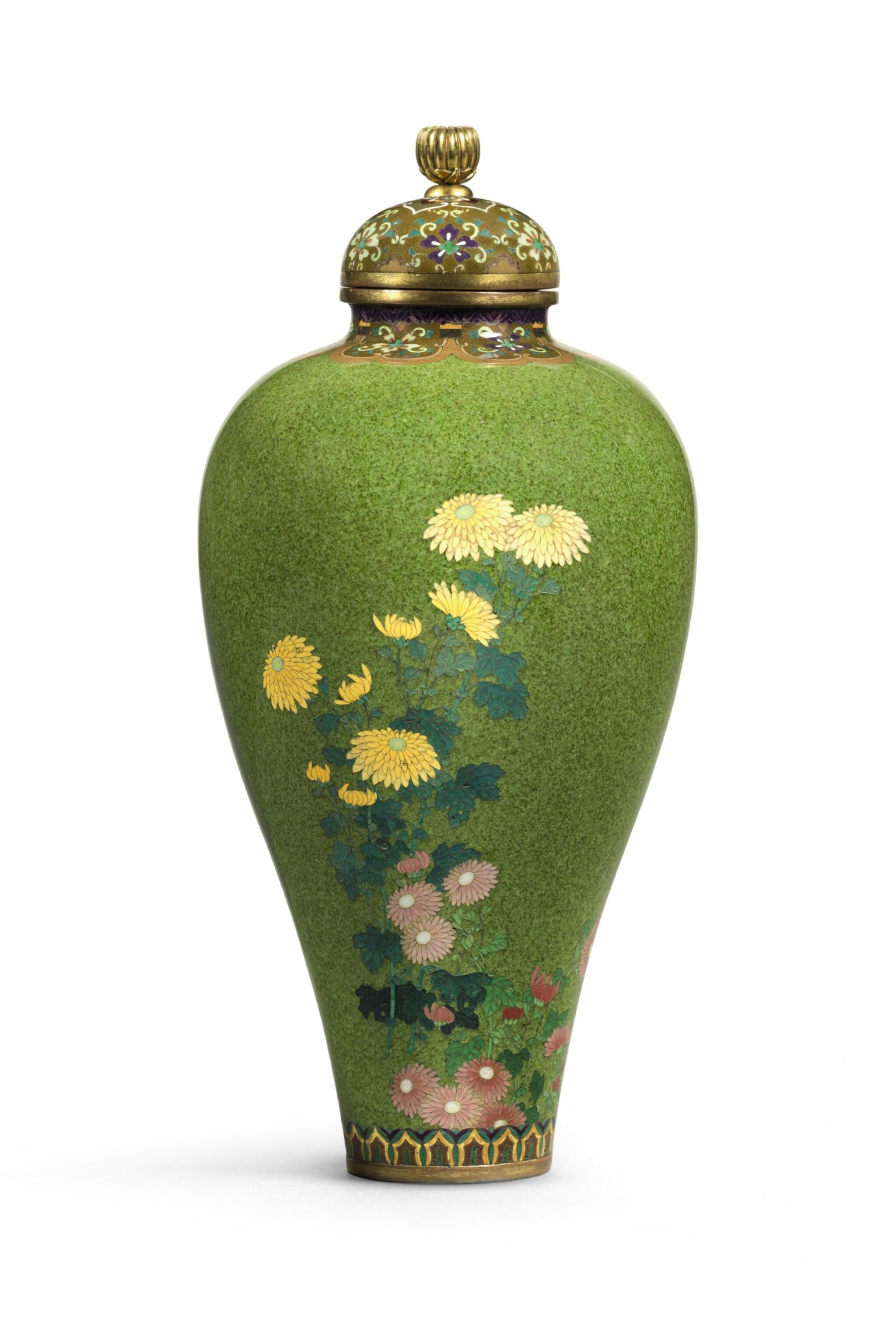 View full screen - View 1 of Lot 69. A FINE CLOISONNÉ VASE SIGNED ON A SILVER TABLET KYOTO NAMIKAWA (NAMIKAWA YASUYUKI, 1845–1927)  | MEIJI PERIOD, LATE 19TH CENTURY.