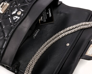 View 4. Thumbnail of Lot 134. Black patent leather and silver-tone metal 2.55 reissue shoulder bag.