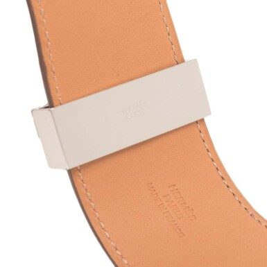 Hermès Anemone Collier de Chien (CDC) of Swift Leather with Palladium Plated Hardware Size Small