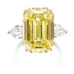 IMPORTANT FANCY VIVID YELLOW DIAMOND RING