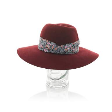 View 1. Thumbnail of Lot 182. HERMÈS | SCARLETT BURGUNDY RABBIT FELT HAT WITH SILK TWILL BANDEAU, 2019 .