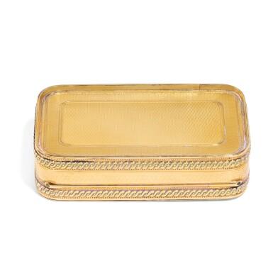 View 3. Thumbnail of Lot 306. A two-colour gold royal presentation snuff box, English, circa 1810.