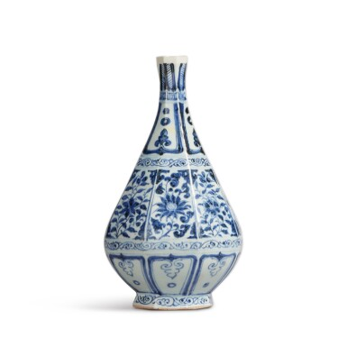 View 2. Thumbnail of Lot 93. A blue and white faceted pear-shaped vase, Yuan dynasty | 元 青花花卉紋八棱玉壺春瓶.