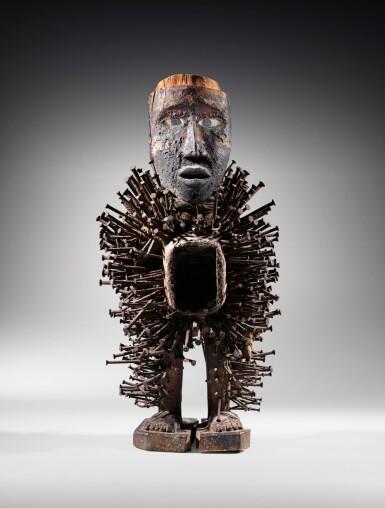 View 2. Thumbnail of Lot 46. Statue nkonde, Kongo Vili, République Démocratique du Congo | Kongo Vili nkonde figure, Democratic Republic of the Congo.