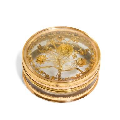 View 2. Thumbnail of Lot 311. A glass bonbonniere with two-colour gold mounts, Pierre-Denis Chaumont, Paris, 1789-92.