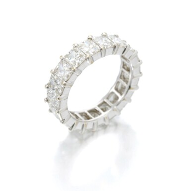 View 2. Thumbnail of Lot 146. Diamond eternity ring (Riviera in diamanti).