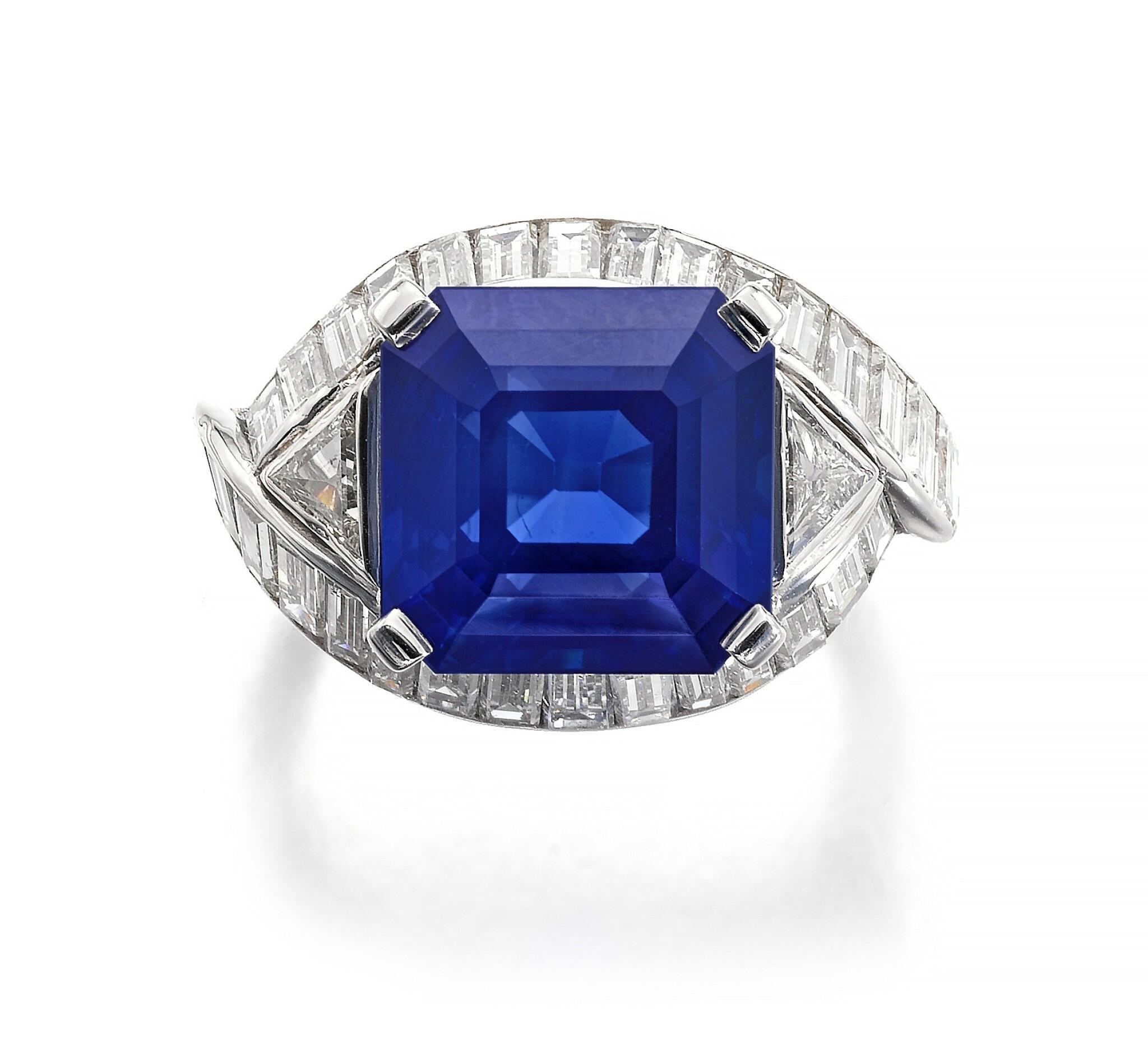View full screen - View 1 of Lot 159. Fine Sapphire and diamond ring   藍寶石配鑽石戒指.