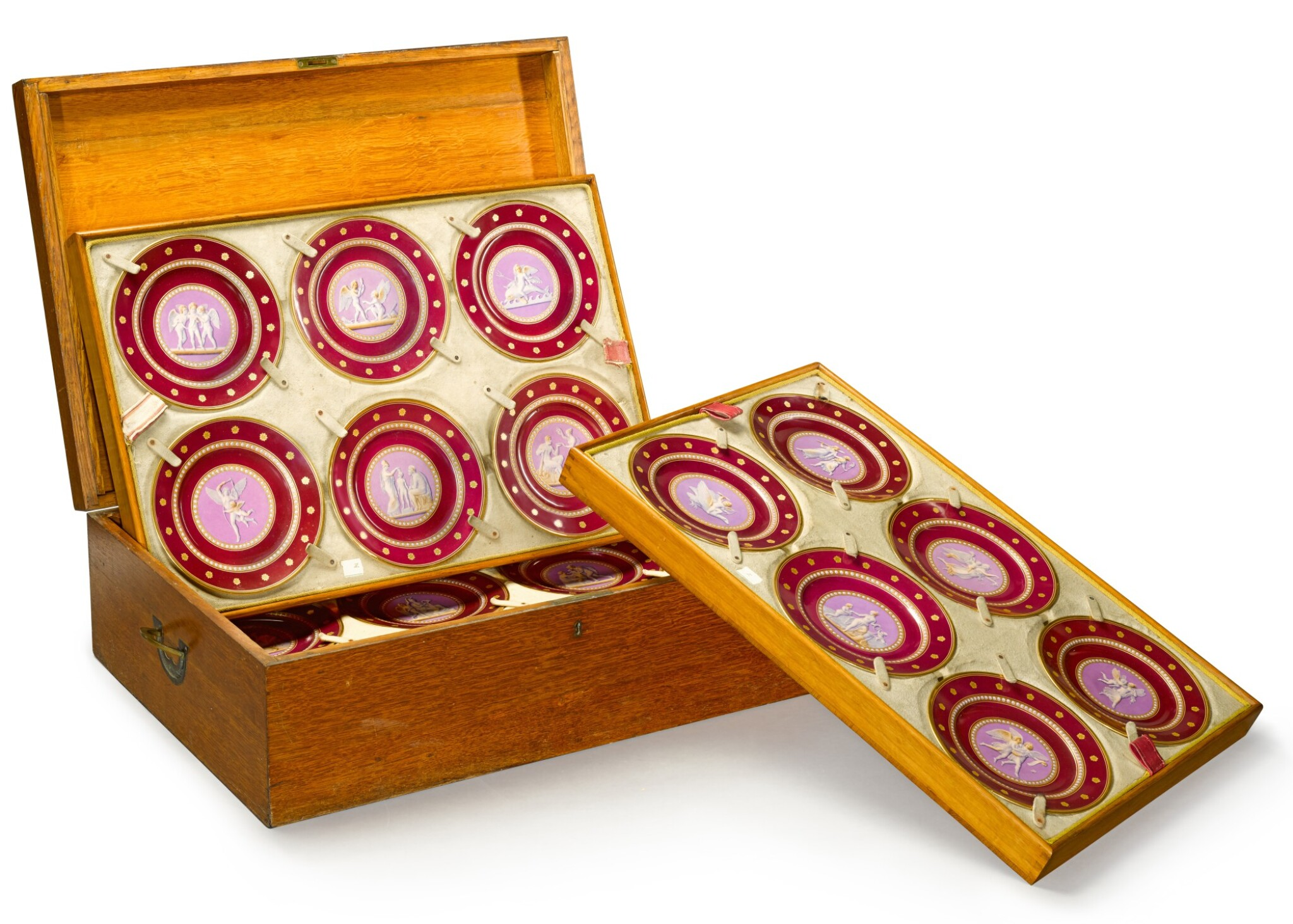 View full screen - View 1 of Lot 105. A Royal presentation set of eighteen Royal Copenhagen claret-ground plates, circa 1858.
