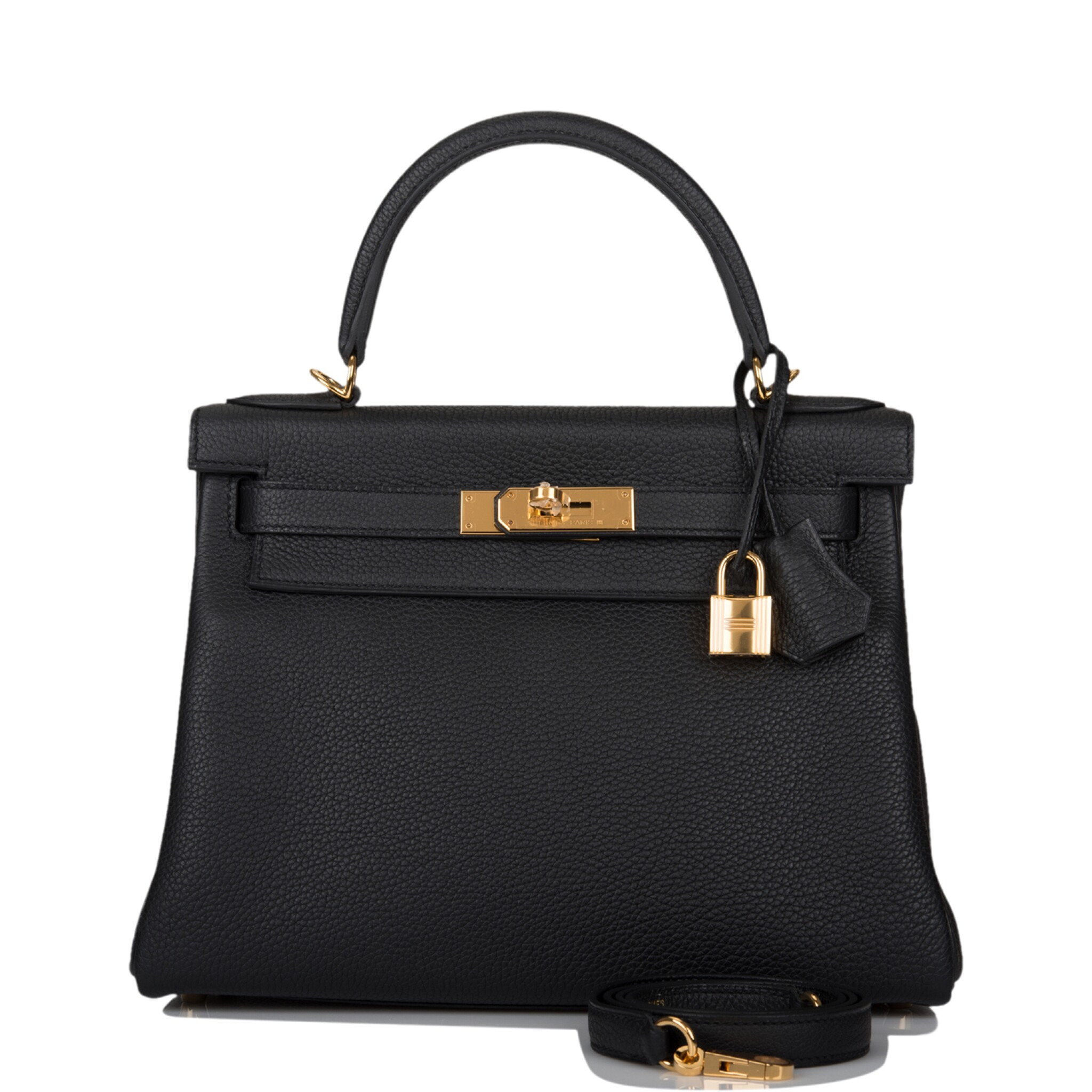 View full screen - View 1 of Lot 52. HERMÈS   BLACK RETOURNE KELLY 28CM OF TOGO LEATHER WITH GOLD HARDWARE.