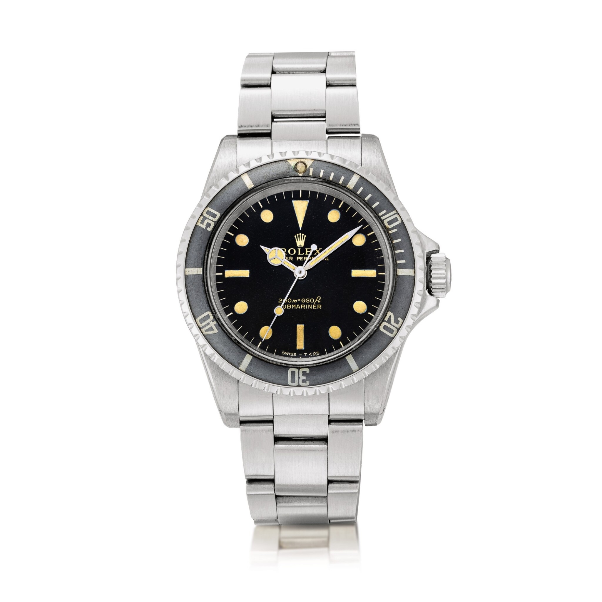 View full screen - View 1 of Lot 2126. Rolex | Submariner, Reference 5513, A stainless steel wristwatch with gilt dial and bracelet, Circa 1966 | 勞力士 | Submariner 型號5513 精鋼鏈帶腕錶,約1966年製.