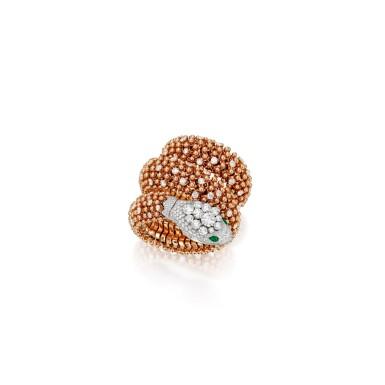TWO-COLOR GOLD, EMERALD AND DIAMOND 'SERPENTI MISTERIOSI PALLINI' BRACELET-WATCH, BULGARI   雙色黃金鑲祖母綠配鑽石「Serpenti Misteriosi Pallini」手鏈腕錶,寶格麗
