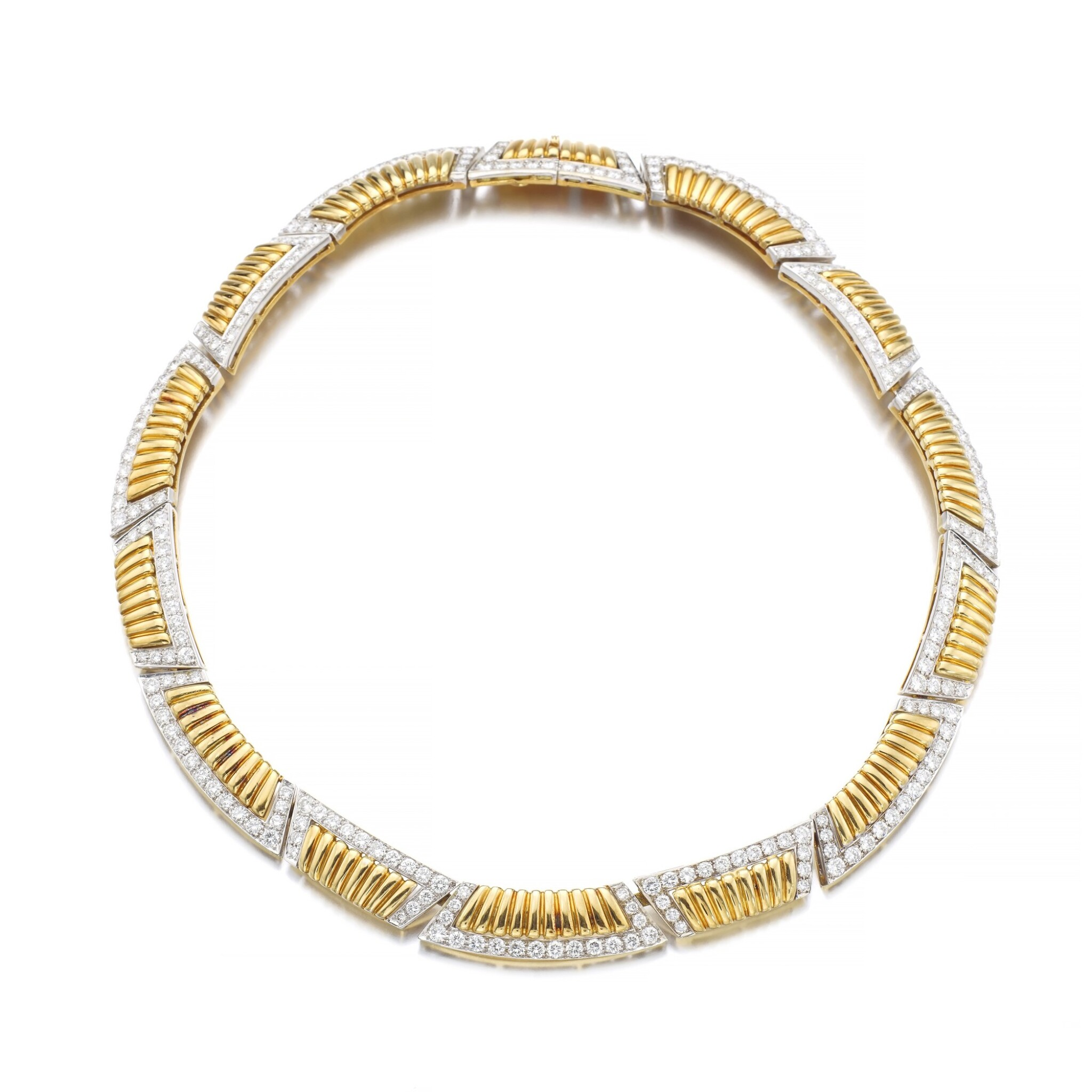 View full screen - View 1 of Lot 1177. Gold and diamond necklace.