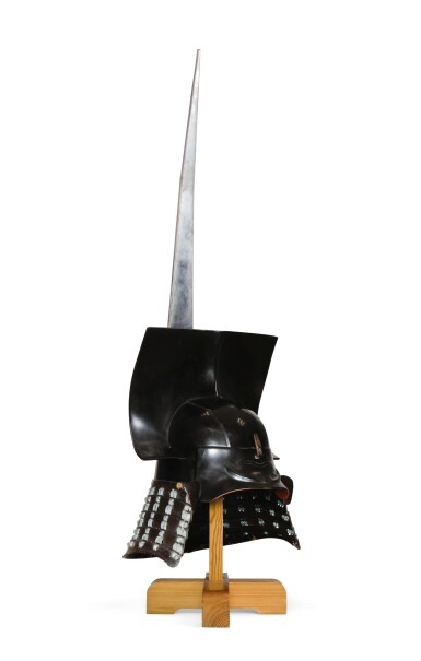 AN IMPRESSIVE KAWARI KABUTO [HELMET], MOMOYAMA-EDO PERIOD | EARLY 17TH CENTURY