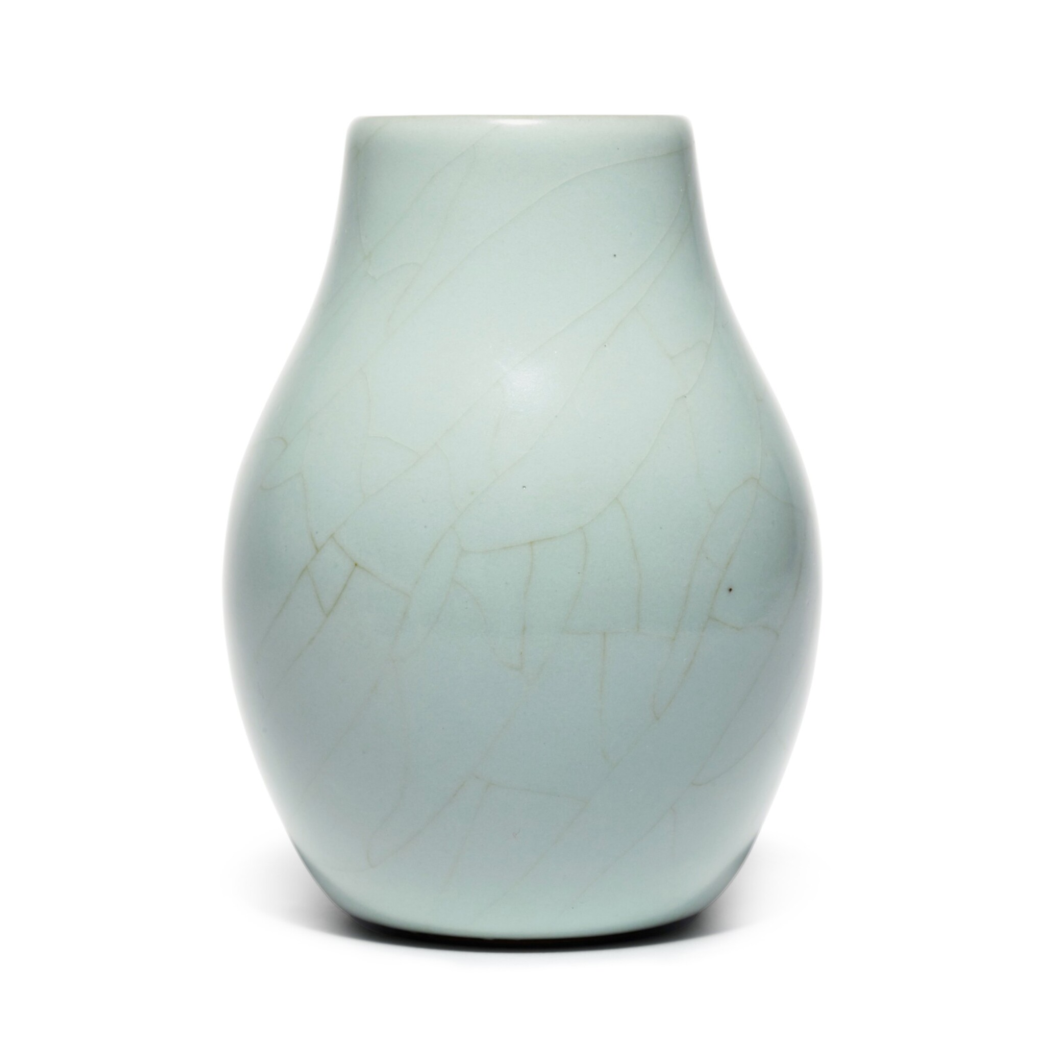View full screen - View 1 of Lot 56. A superb and rare Guan-type ovoid vase, Seal mark and period of Qianlong | 清乾隆 仿官釉闊口瓶 《大清乾隆年製》款.