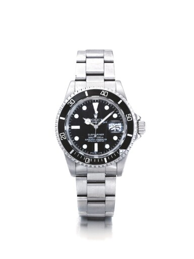ROLEX | REF 1680 SUBMARINER, A STAINLESS STEEL AUTOMATIC CENTER SECONDS WRISTWATCH WITH DATE AND BRACELET CIRCA 1979